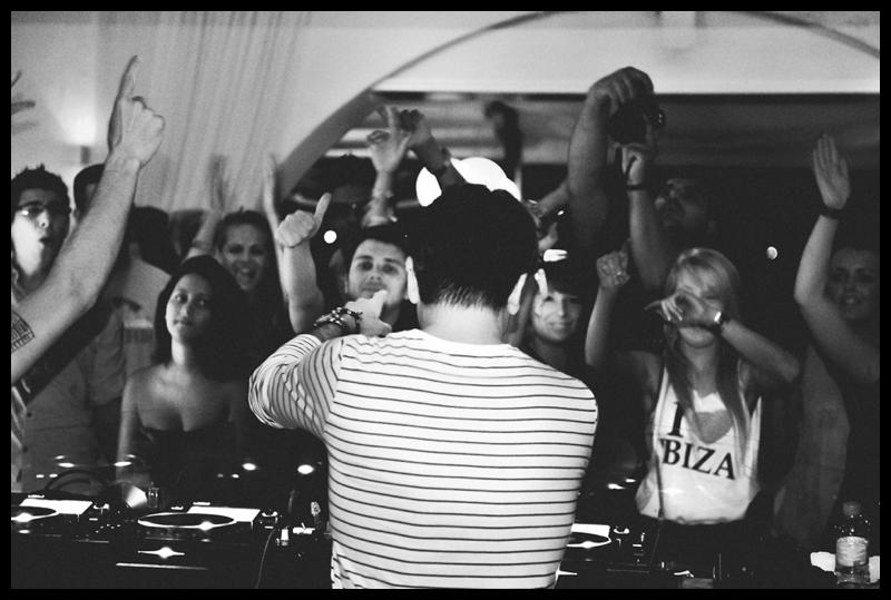 DJ Paul Oakenfold palying a live set at Club Savannah in San Antonio Ibiza