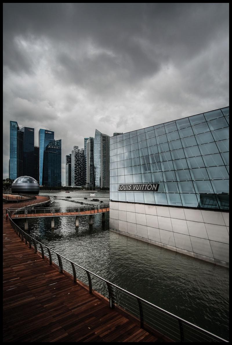 Singapore louis vuitton